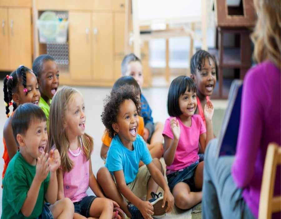 چطور به تحرک بیشتر فرزندانمان کمک کنیم