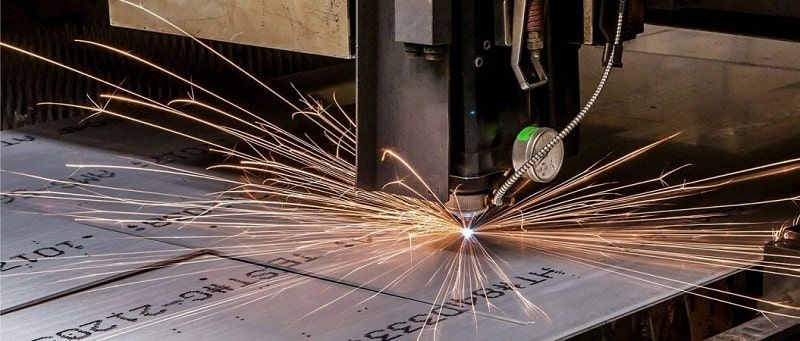 دستگاه برش لیزر فلزات