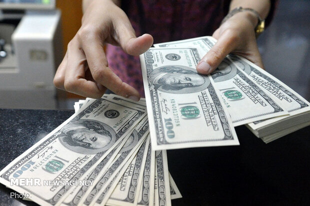 قیمت دلار دوم خرداد ۱۴۰۰ به ۲۲ هزار و ۳۹۴ تومان رسید