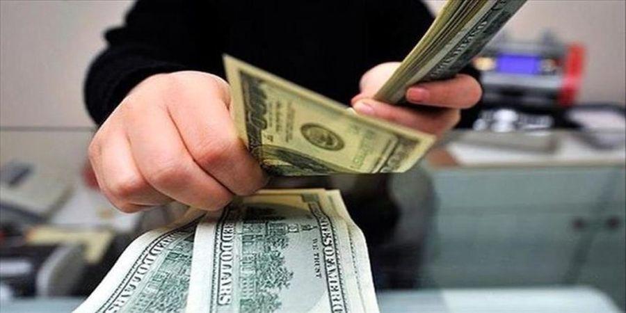 عقب نشینی قیمت دلار و سکه /افزایش کنترل بر بازار ارز