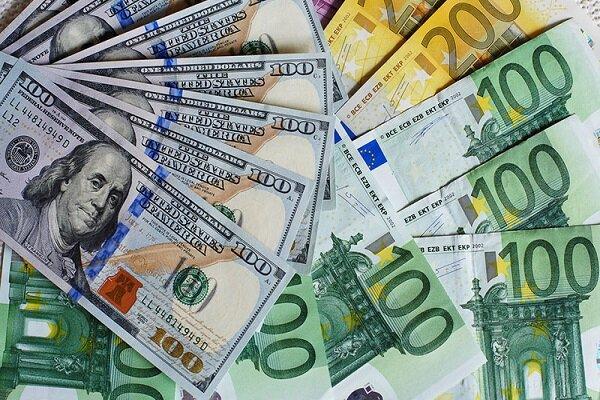 قیمت دلار ٢٨ شهریور ١۴٠٠ به ٢۶ هزار و ٧٢٠ تومان رسید